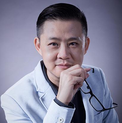 Lok Kerk Hwang - Director